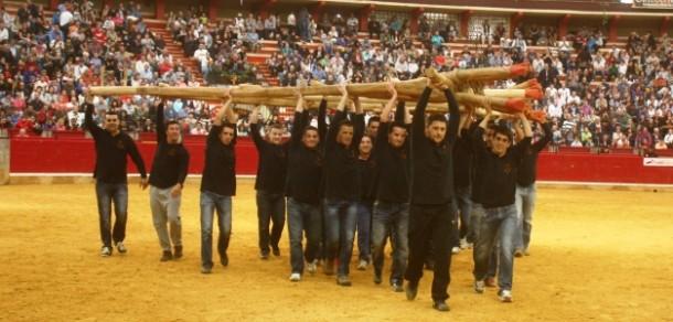 Grupo de pegadores ó forcão brilhou em Saragoça