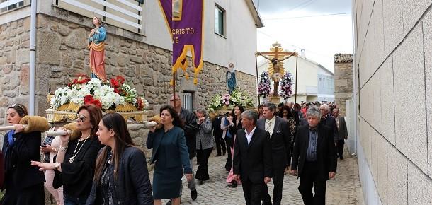 Nave: Festa em Honra do Divino Santo Cristo